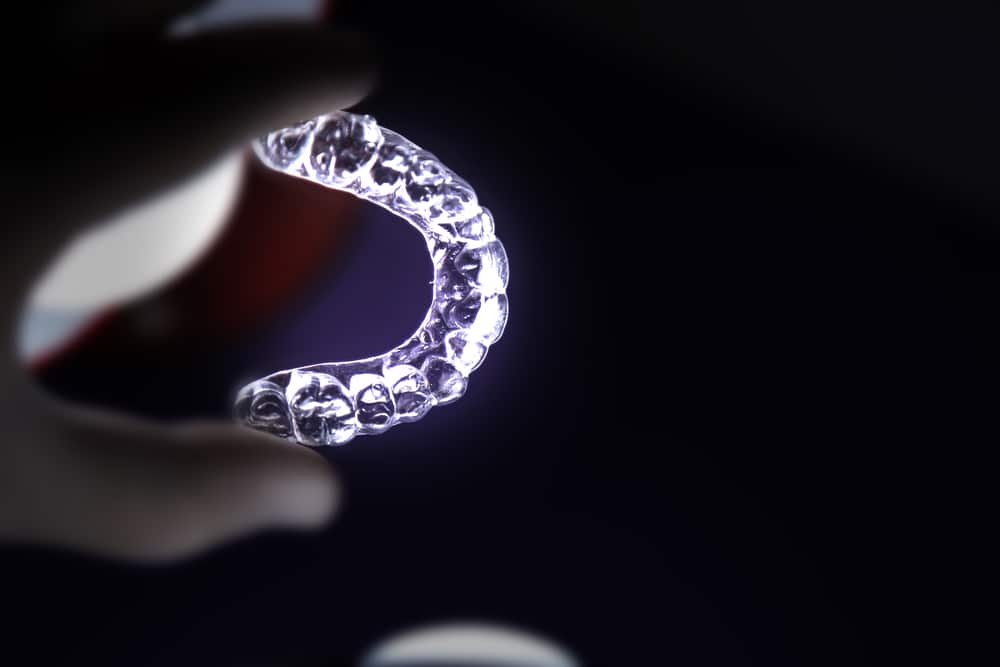 Gouttières Invisalign - BloomSquare Studios Paris